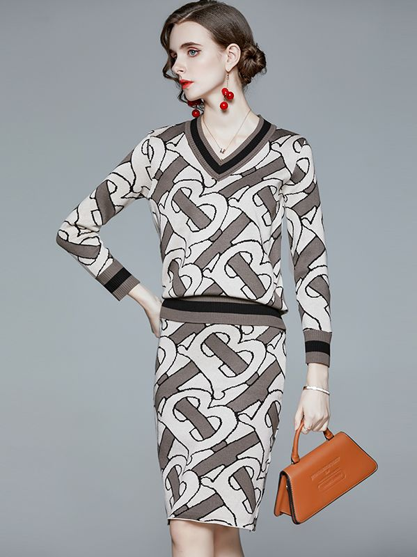 For Sale V  Collars Printing Fashion Nobel Suits